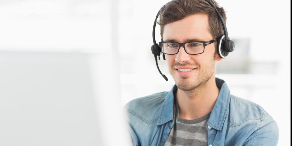 call center agent offering customer service